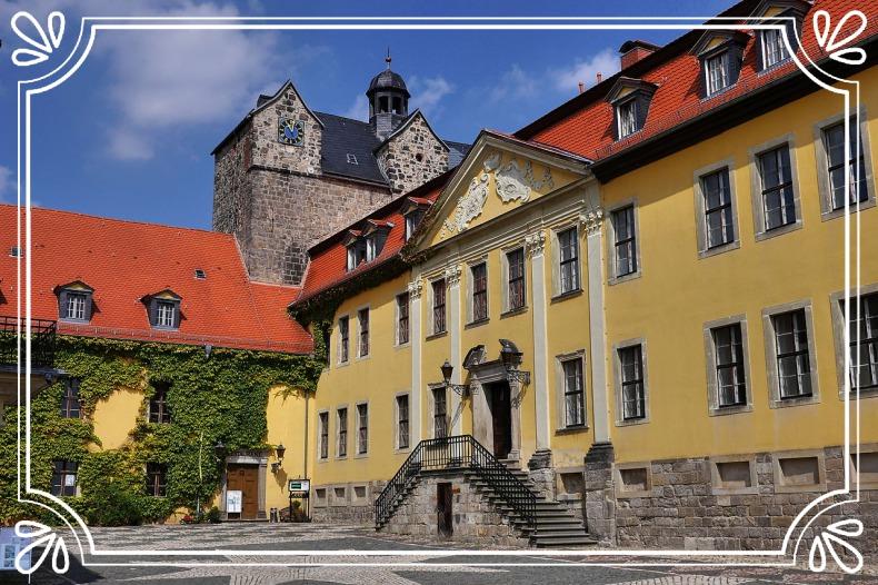 Schlosshof Ballenstedt